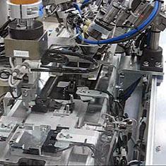 シェーバー刃自動組立装置